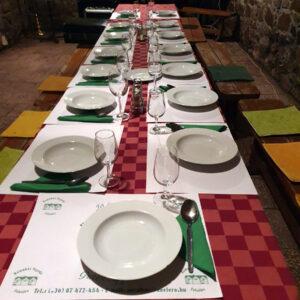 Gelléri Pince Felsőörs - Asztal